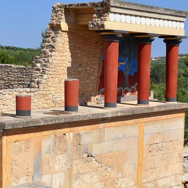 From yesterday tour to Knossos Palace It was very interestinghellip